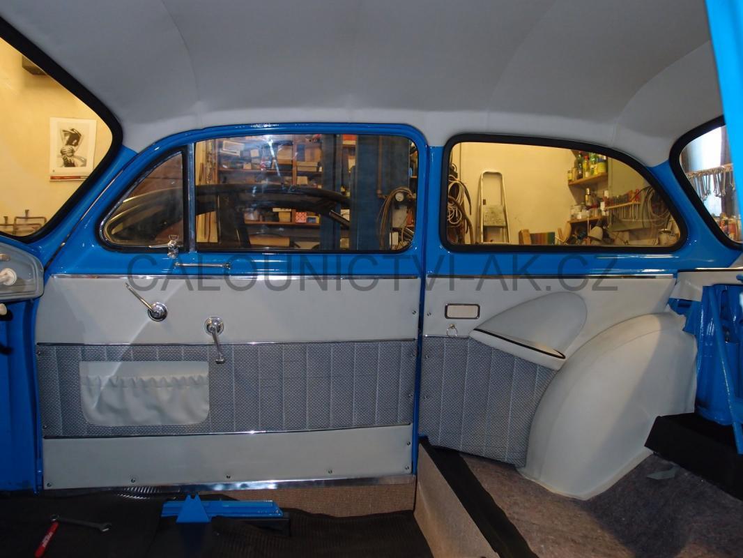 https://www.calounictvi-ak.cz/galerie/calouneni-historickych-vozidel-a-veteranu1568828046.jpg